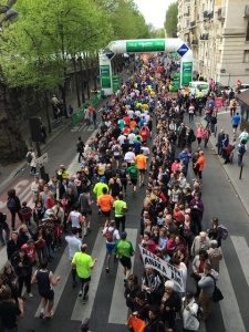 This is the 10km mark. See how the road is now only about 4-5 people in width? Imagine 50 000 squeezing through that. Almost as much fun as putting toothpaste back in the tube.